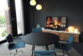 Hamburg conference rooms Meetingraum Design Offices Hamburg - Fireside Room image 1