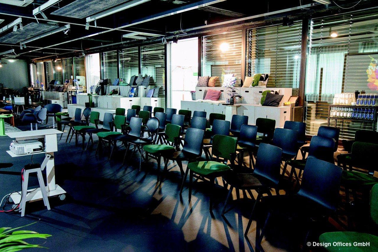 Nuremberg Schulungsräume Salle de réunion Design Offices Nürnberg City - Training Room I + II + III image 2