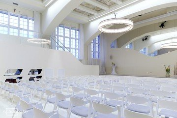 Berlin seminar rooms Besonders The Kabblah Centre Auditorium image 2