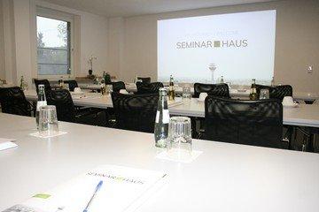 Düsseldorf  Salle de réunion SEMINAR.HAUS - Room Heinrich image 4