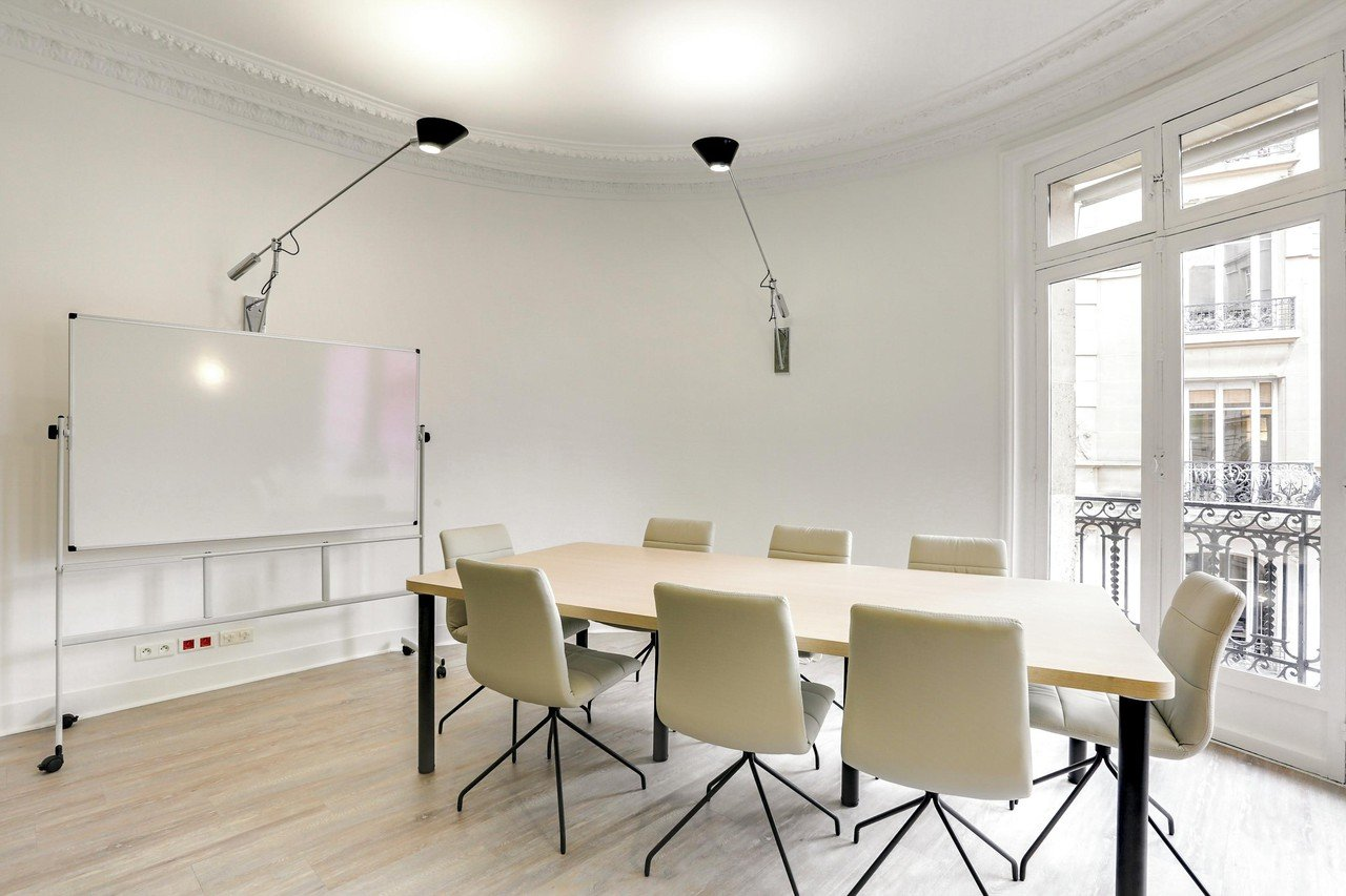 Paris Espaces de travail Meeting room Cocoon space - Mogador  - Lazare image 3