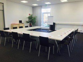 Frankfurt am Main  Meetingraum Picasso1 image 2