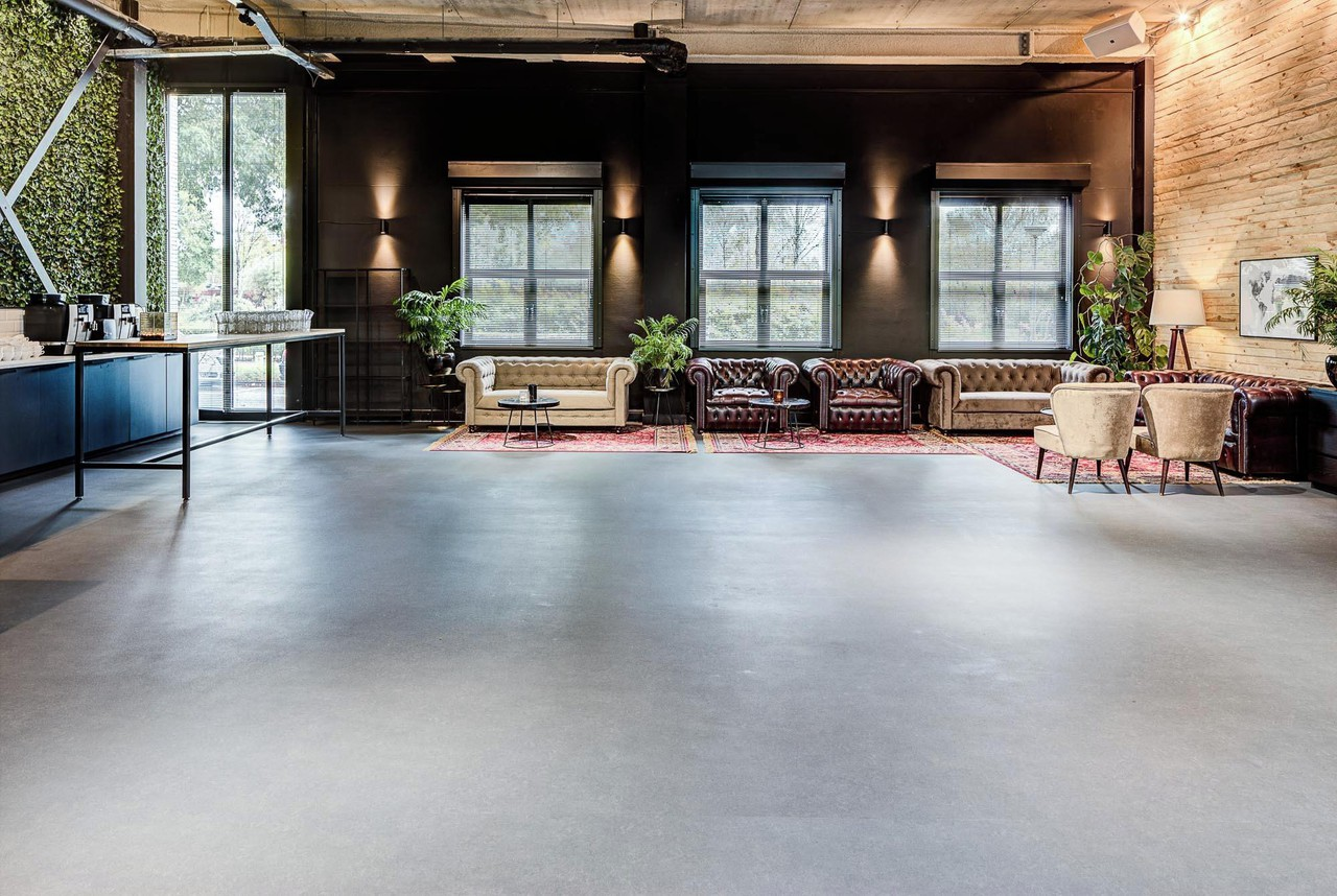 Amsterdam corporate event venues Unusual The Lounge by Wicked Grounds image 9