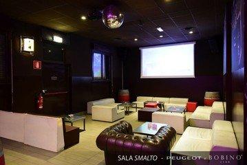 Autres villes corporate event venues  Bobino Milano image 2
