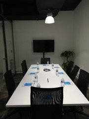 Autres villes  Espace de Coworking Meeting room (10 pax) near Train Station of Lille-Flandres image 3