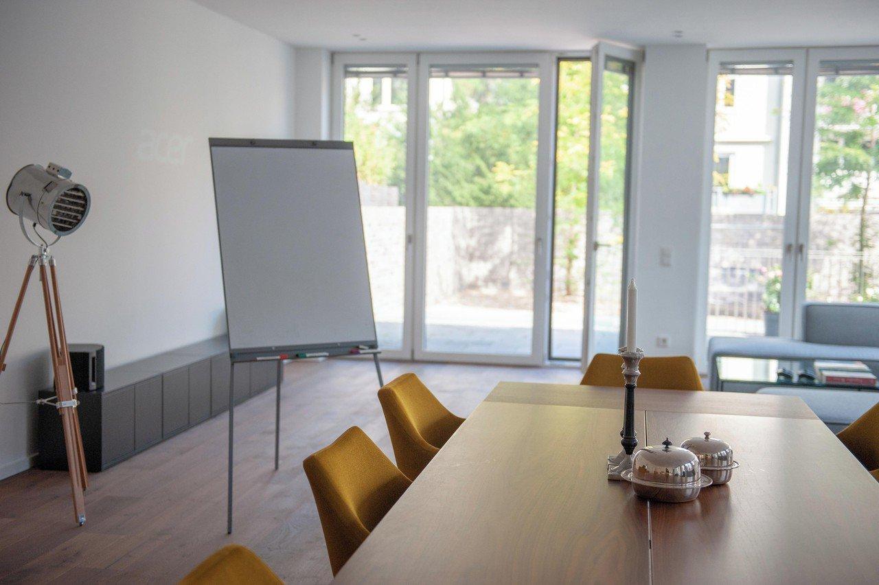 Cologne Tagungsräume Salle de réunion Modern Loft image 18