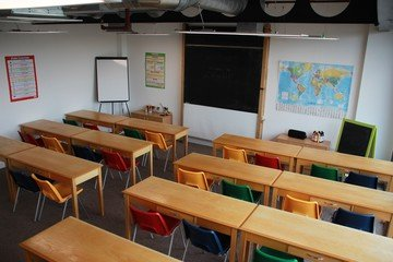 Manchester training rooms Coworking Space Ziferblat Media City - Classroom image 0
