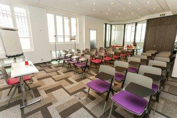 Paris  Salle de réunion WARHOL image 0