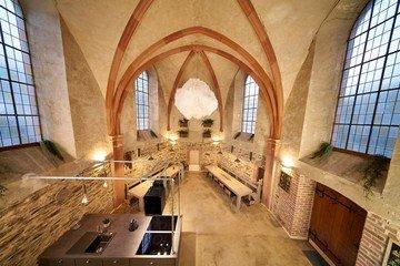 """Frankfurt am Main  Historische Gebäude Kirche """"Bleibe""""  in Bernkastel-Wehlen image 0"""