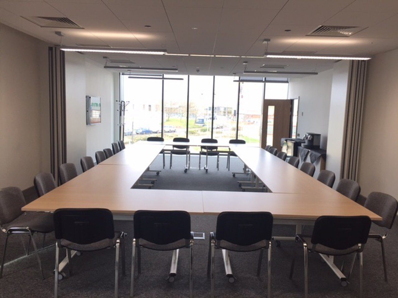 Birmingham seminar rooms Salle de réunion Universities Centre - Room A&B image 1