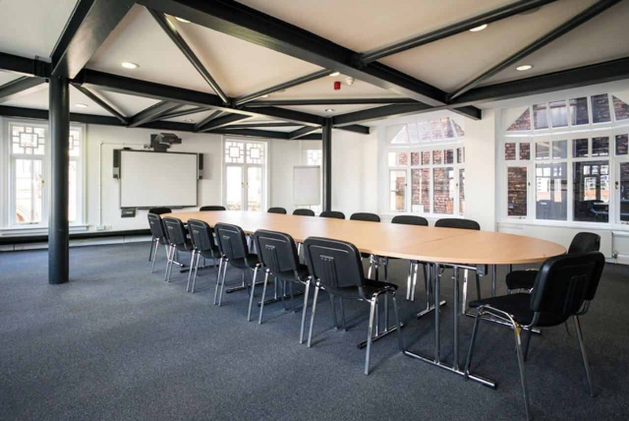 Manchester  Salle de réunion Meeting Rooms at Manchester Cathedral Visitor Centre image 1