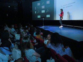 Paris  Salle de projection Paris Story image 6