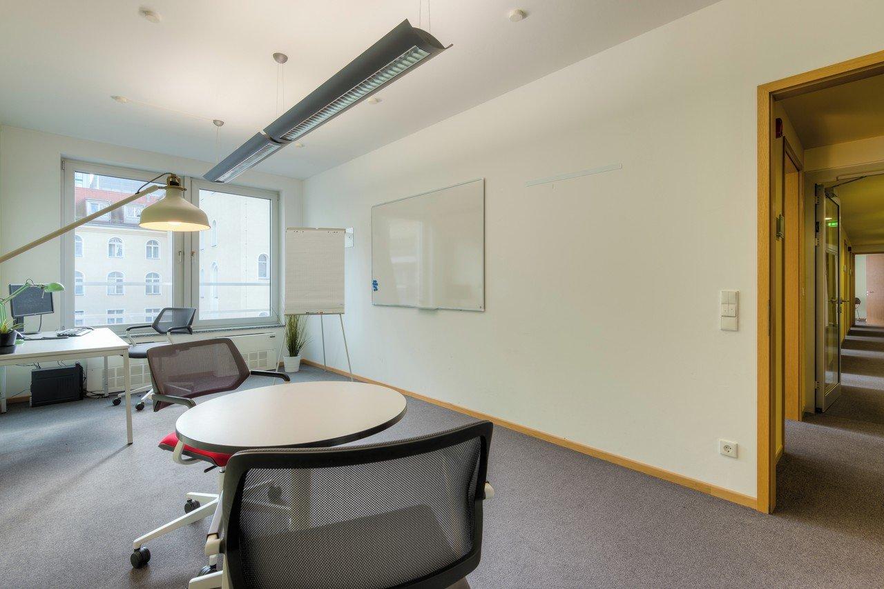 Berlin  Salle de réunion DFV GmbH Mitte image 3