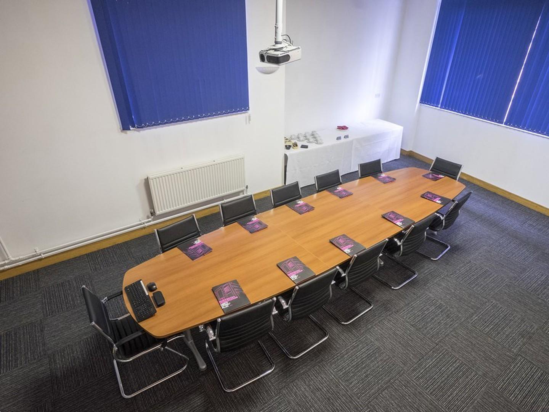 Sheffield conference rooms Salle de réunion Showroom Workstation - Conference 1 image 2