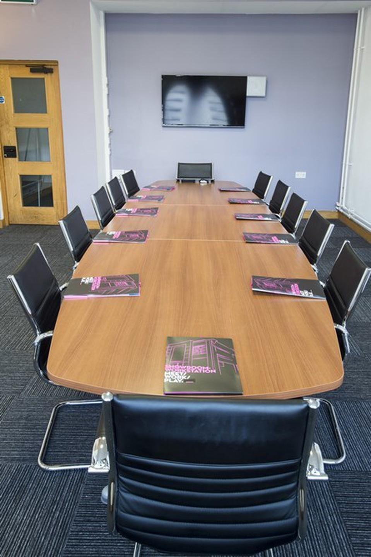 Sheffield conference rooms Salle de réunion Showroom Workstation - Conference 1 image 0