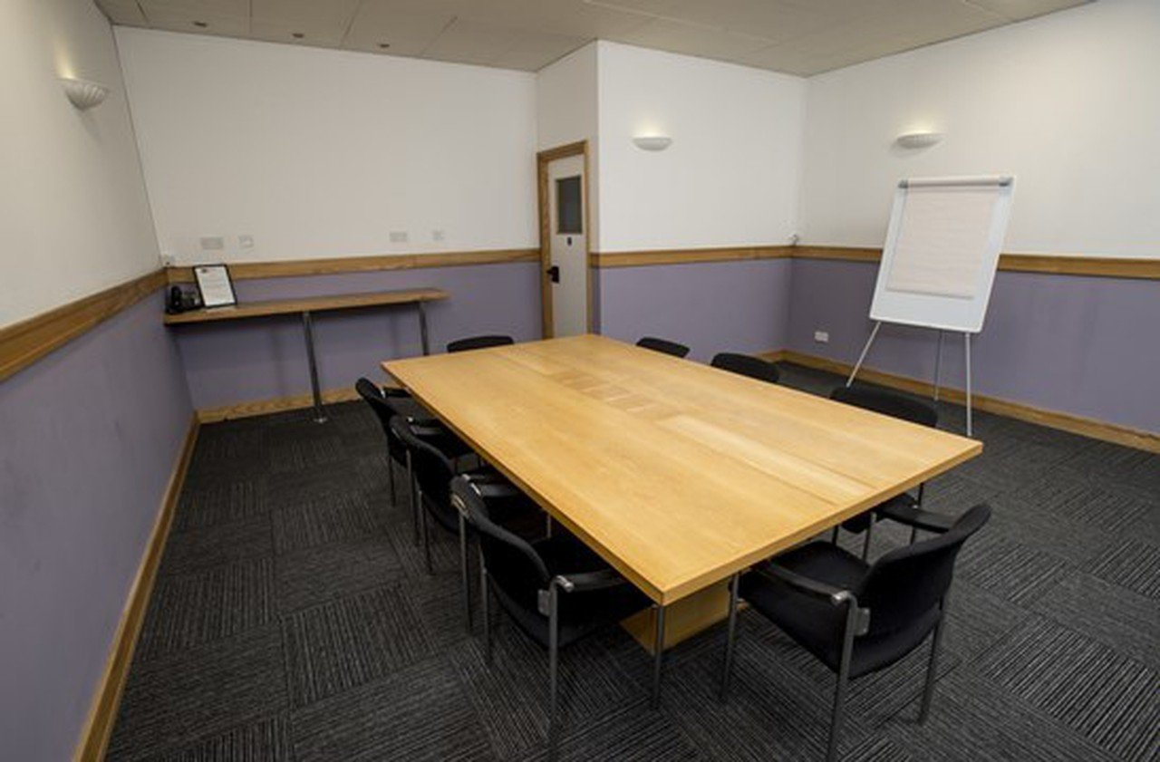 Sheffield conference rooms Meeting room Showroom Workstation - Conference 3 image 0