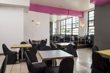 Sheffield seminar rooms Meeting room Showroom Workstation - The Cafe image 1