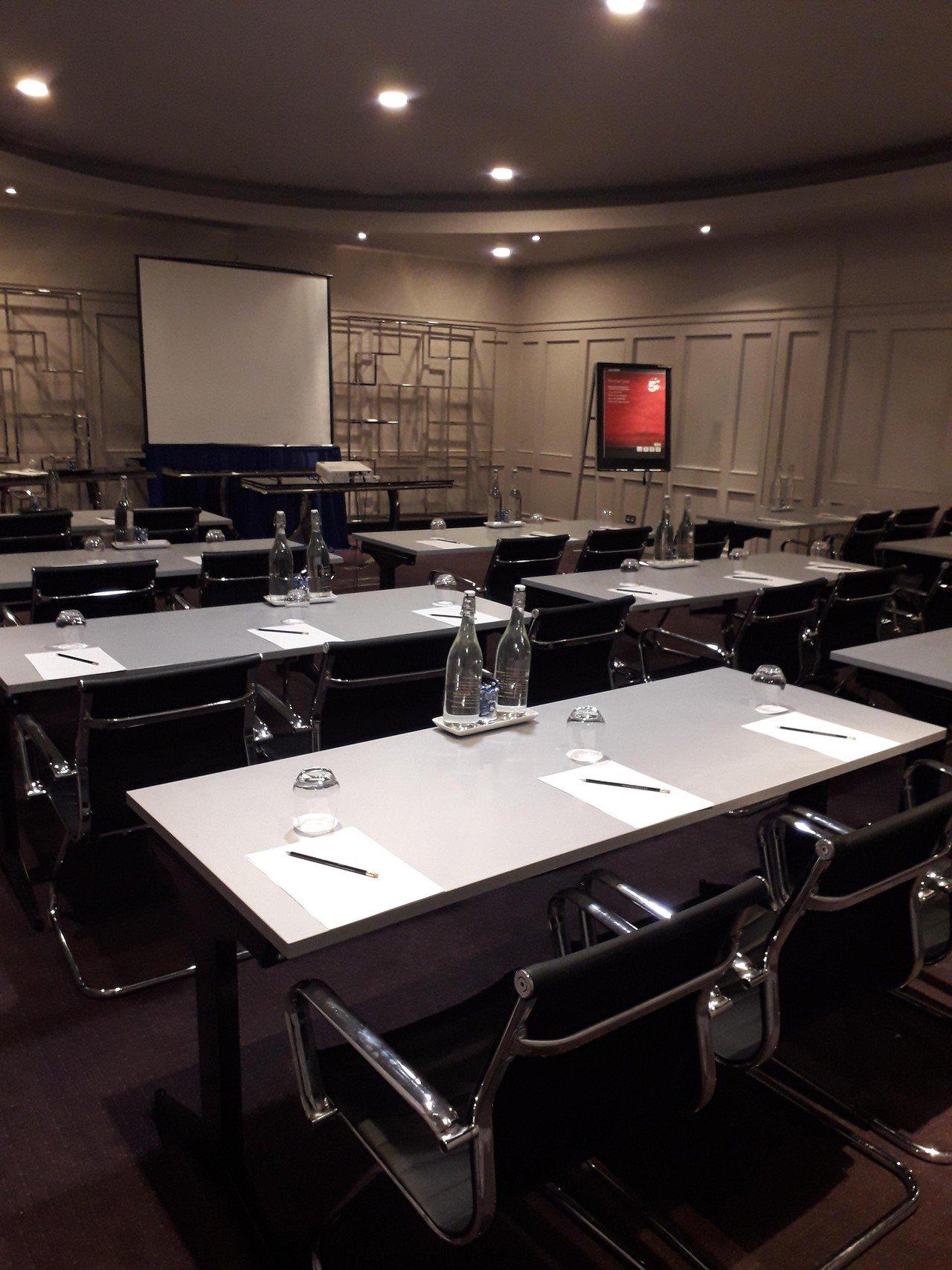 Cork conference rooms Salle de réunion Maryborough Hotel - Perrier Suite image 0