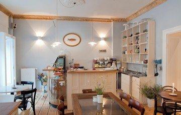 Berlin  Café FELLFISCH image 1