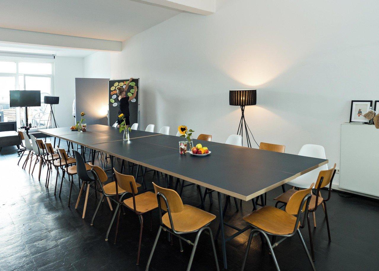 Frankfurt workshop spaces Meeting room ROOF LOFT image 0