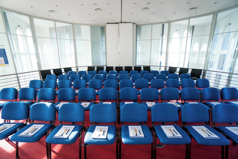 Berlin  Salle de réunion Turmplenum im Borsigturm image 7
