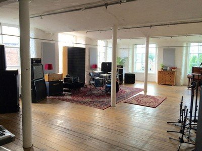 Manchester workshop spaces Besonders Hope Mill Recording Studios image 0