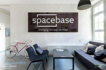 Berlin conference rooms Meetingraum Spacebase Teamraum image 2