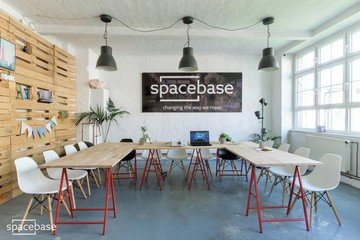 Berlin workshop spaces Meeting room Spacebase Workshop and Coaching Room image 6