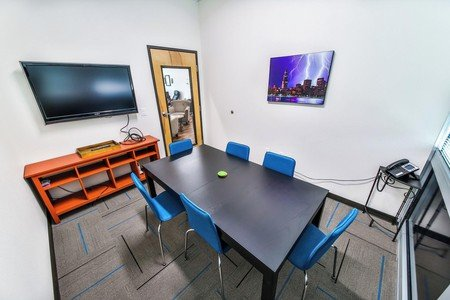 Austin conference rooms Meetingraum T-Werx Coworking - Twin Creeks image 0