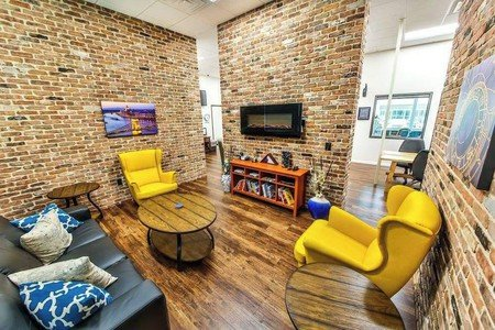 Austin conference rooms Meetingraum T-Werx Coworking - The Lounge image 0