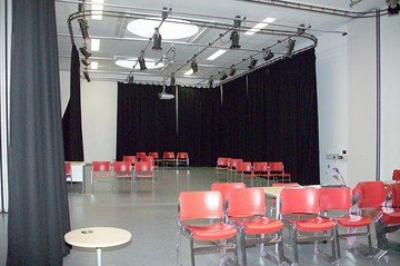 Greenhithe training rooms Salle de réunion The Leigh Academy - Drama Studio image 4