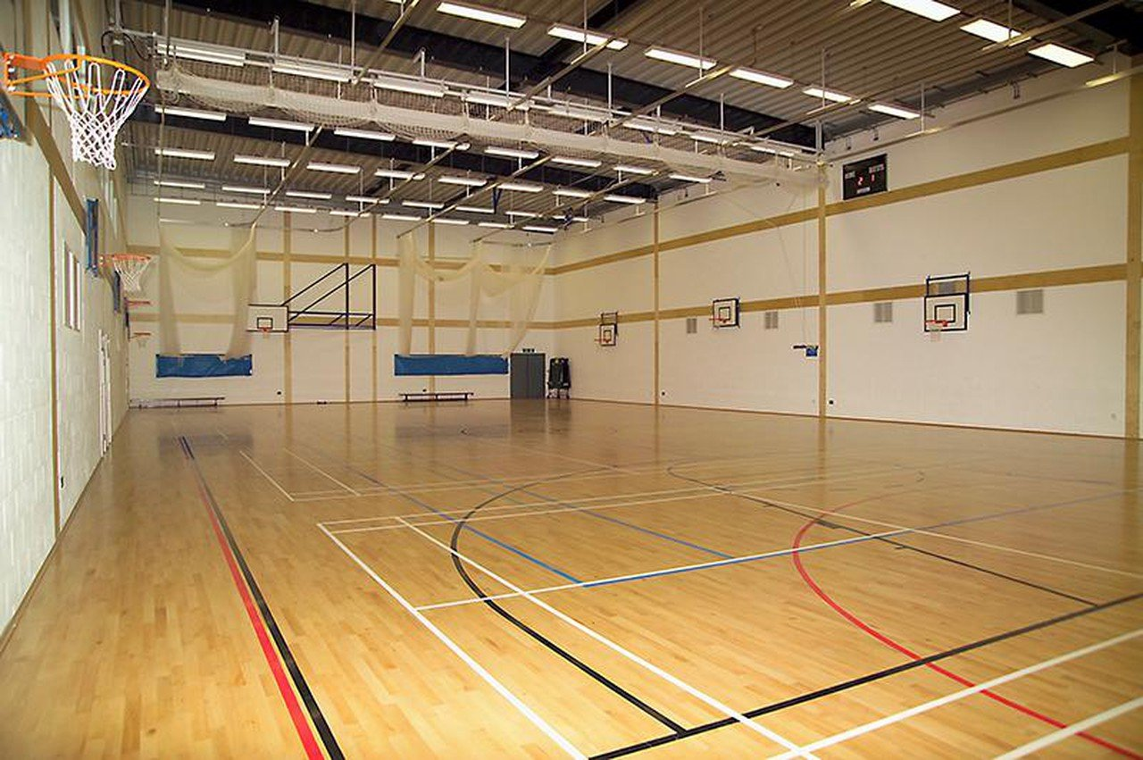 Greenhithe training rooms Besonders The Leigh Academy Sports Hall image 0