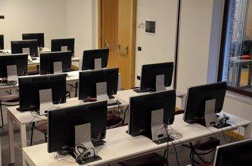 Autres villes   Tech Room image 3