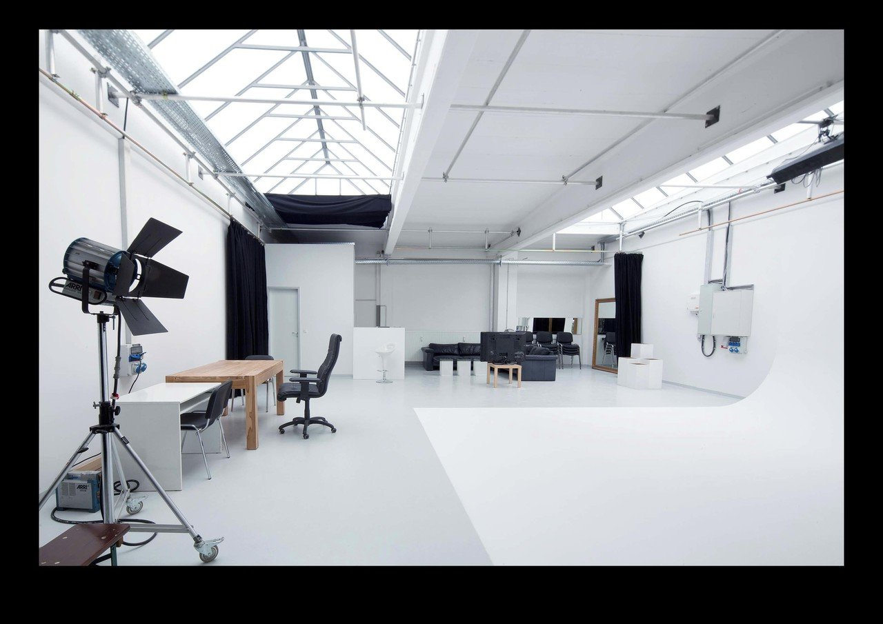 München  Foto Studio punchin pictures Film Studio Loft image 1