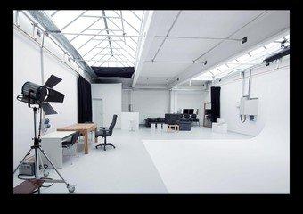 Munich  Studio Photo punchin pictures Film Studio Loft image 1