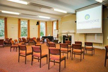 Birmingham training rooms Lieu historique Woodbrooke - Cadbury Room image 0