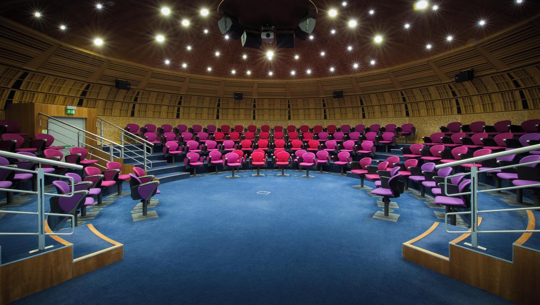 Londres training rooms Salle de réunion CEME conference - POD Theatre image 1
