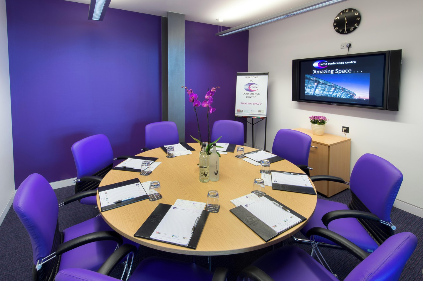 Greenhithe training rooms Salle de réunion CEME conference - Small room 183 image 1