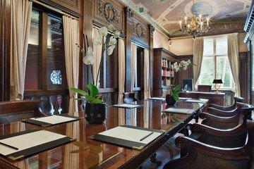 Berlin conference rooms Partyraum Schlosshotel Grünewald - Bibliothek image 0