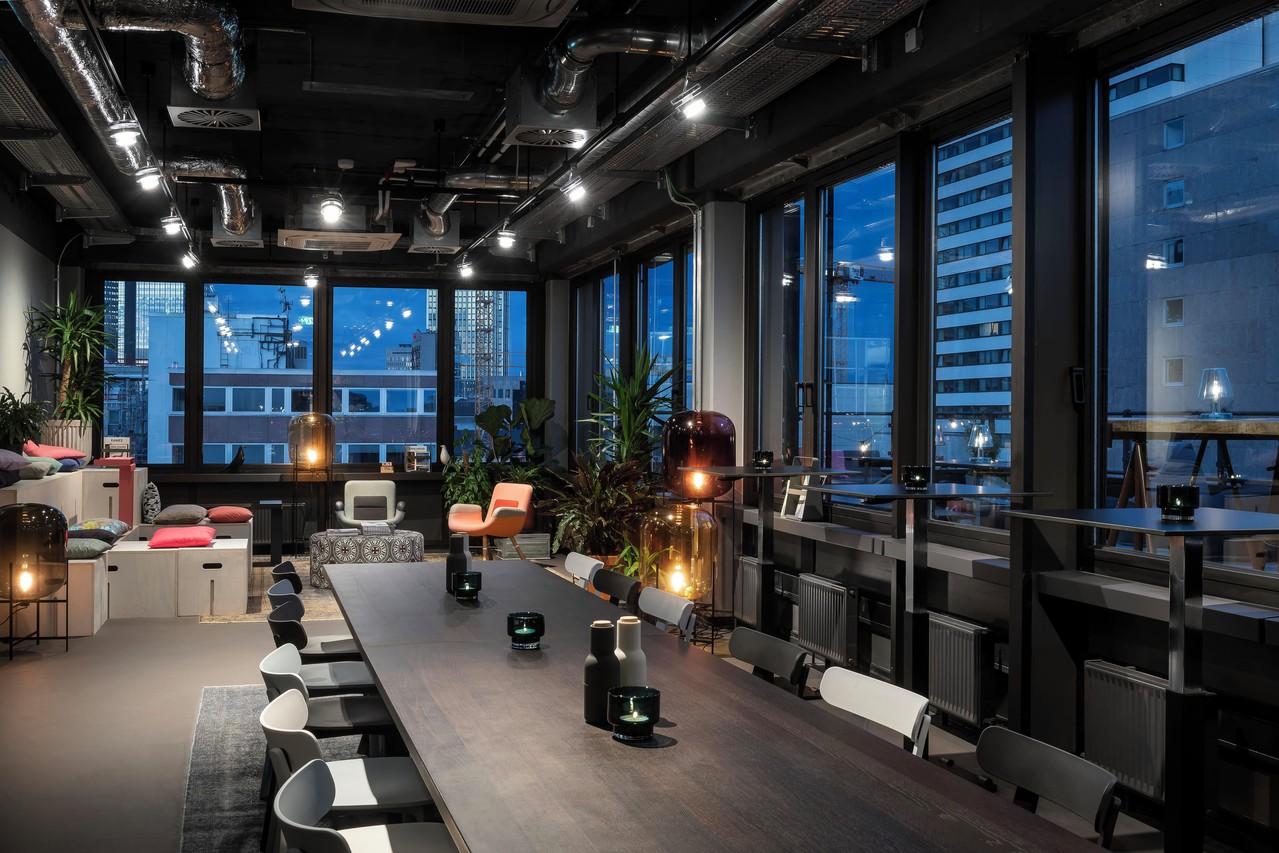 Rent Design Offices Frankfurt Wiesenhüttenplatz Rooftop
