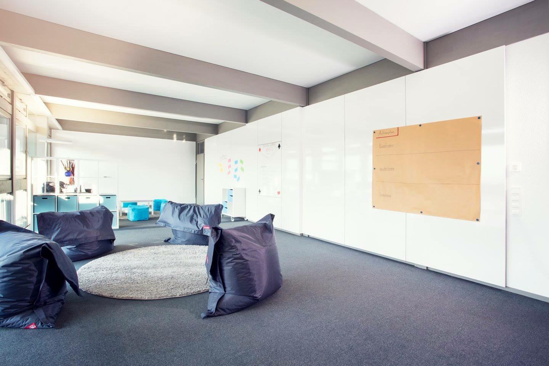 Francfort  Salle de réunion Raum Berlin image 7