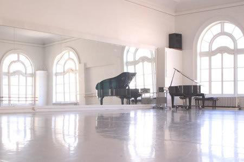 San Francisco workshop spaces Lieu Atypique Alonzo Kings LINES Ballet Studio image 0