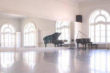 San Francisco workshop spaces Besonders Alonzo Kings LINES Ballet Studio image 0