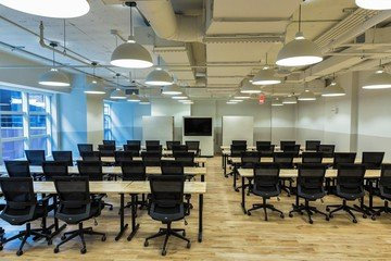 NYC  Salle de réunion Beautiful Midtown Workshop Space image 3