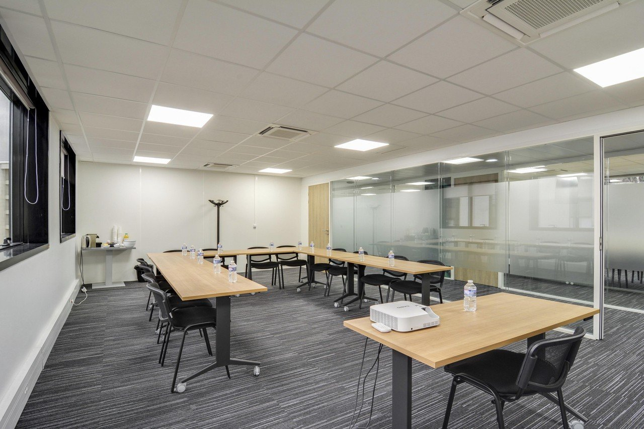 Paris training rooms Salle de réunion Levallois 404 image 2