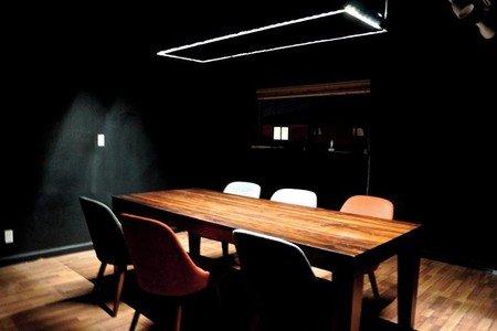San Jose conference rooms Salle de réunion One Piece Work - Meeting Room 2 image 0