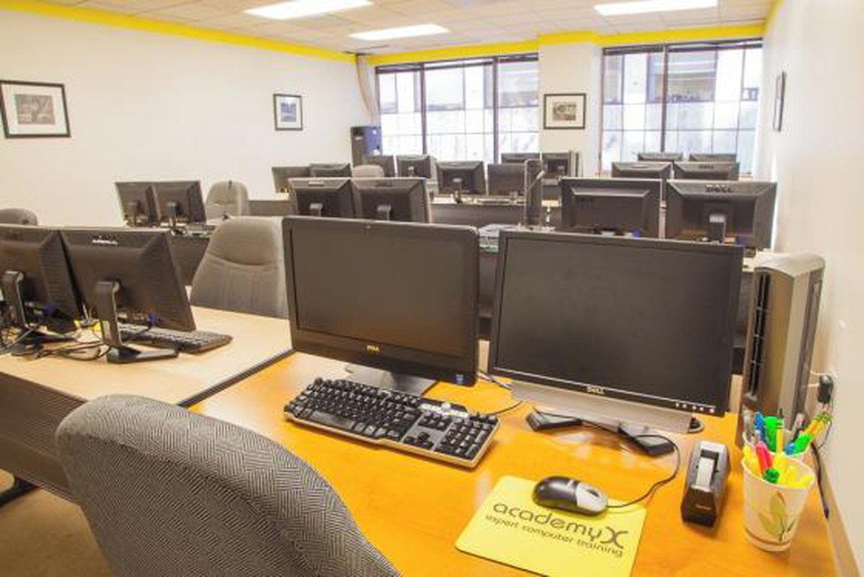 San Francisco conference rooms Salle de réunion AcademyX - Classroom SF image 2