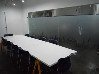 San Francisco workshop spaces Espace de Coworking SHARED - 1st Floor Meeting Room image 0