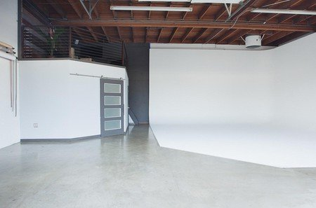 San Jose workshop spaces Photography studio BLiNK Creative Agency image 4