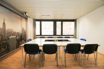 Stuttgart  Meeting room Semianrraum loerntspace HBF image 1